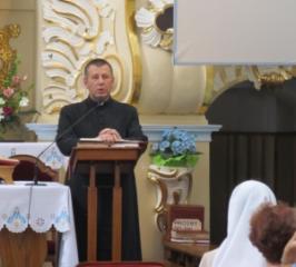 Srebrna odznaka dla księdza rektora