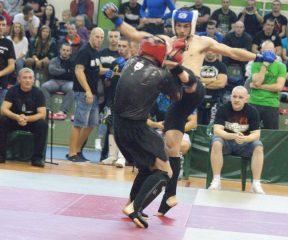Nasi zawodnicy na podium mistrzostw Mazowsza w MMA. I Puchar Obrońców Mławy
