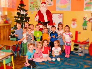 Święty Mikołaj odwiedził Zespół Placówek Oświatowych w Szreńsku