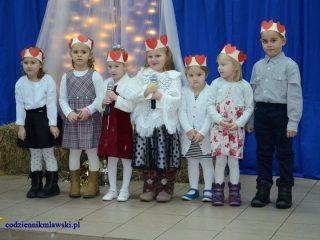 Święto Babci i Dziadka w Szkole Podstawowej w Łomi