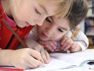 Gminy Wieczfnia Kościelna i Strzegowo z dofinansowaniem na edukację