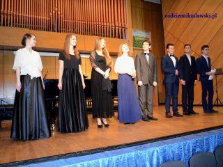 Udany koncert uczestników XI Kursu Wokalnego w PSM w Mławie