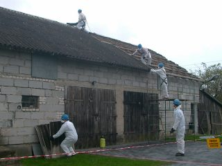 Otwarta jest lista osób, które jeszcze w tym roku chciałby usunąć wyroby zawierające azbest ze swoich domów.