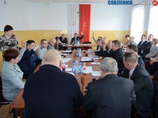 Rada gminy w Dzierzgowie obniżyła swoje diety i pensję wójta