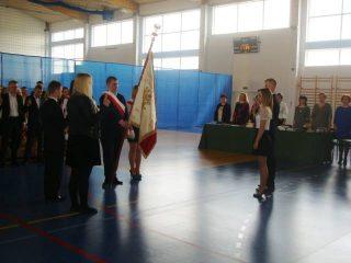 Absolwenci technikum w ZS nr 2 pożegnali szkołę