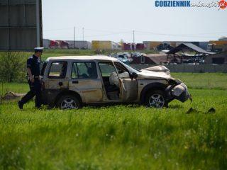 Wypadek w Wiśniewie. Land Rover wypadł z drogi – aktualizacja