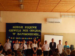 Uroczyste zakończenie roku szkolnego w Szkole Podstawowej w Zawadach