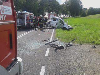 Wypadek w Lipowcu Kościelnym. Kierowca walczy o życie