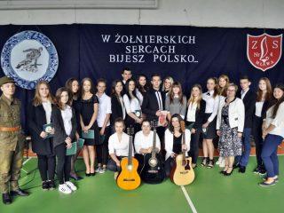 Święto Patronów Szkoły w Zespole Szkół Nr 4 w Mławie