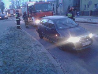 Lexus kontra skoda na Piłsudskiego