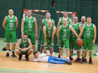Inauguracja ligi koszykówki. Ciechanów na czele