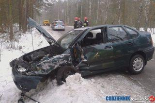 Zderzenie dwóch aut w Borowym