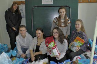 Prawie 4,5 tony  karmy zebrali wolontariusze  dla czworonożnych przyjaciół w schroniskach