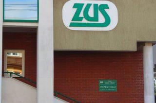 Odłóżmy wizytę w ZUS, z urzędem skarbowym kontaktujmy się poprzez e-PUAP i infolinie