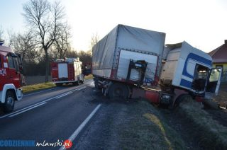 NOWE INFORMACJE. Tragedia na drodze koło Pawłowa. Pięć osób nie żyje, cztery są ranne