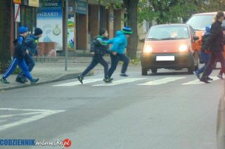 """Mławska policja prowadzi działania """"Bezpieczne Przejście"""""""