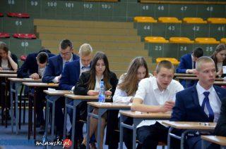Mława. Ponad trzystu uczniów przystąpiło do egzaminu gimnazjalnego