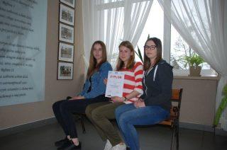 """Laury dla uczniów """"Ekonomika"""" w konkursie """"Młodzi przyszłością Europy"""""""
