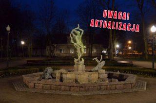 """""""Świecąca fontanna w mławskim parku. Wandalizm czy performance?"""""""