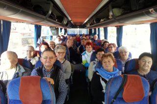 Seniorzy z Cantare śpiewali nad morzem