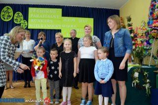 Piękne palmy i najsmaczniejsze baby i mazurki w szkole w Kosinach Starych