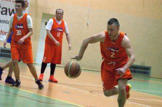Wuja Squad liderem ligi koszykarskiej w Nidzicy