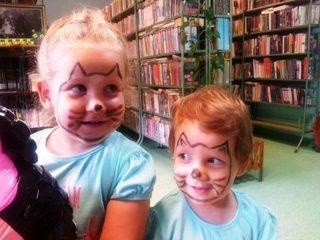 Wakacje z biblioteką! Czytanie, malowanie, konkursy…