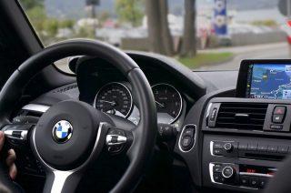 U sąsiadów. BMW pędziło 111 km/h w terenie zabudowanym