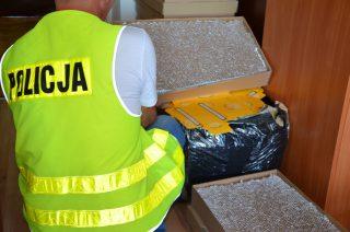 U mieszkanki gminy Radzanów znaleziono 35 tys. papierosów bez akcyzy