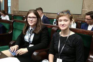 Uczennice Gimnazjum Katolickiego posłankami na SDziM