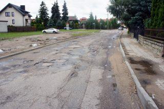 Ponad kilometr nowych dywaników asfaltowych