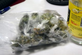Mława. Policjanci przejęli narkotyki i zatrzymali młodego dilera