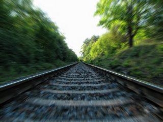 Tragedia w Ciechanowie. Zginął 68-latek potrącony przez pociąg