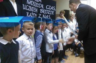 Pasowanie na ucznia w Szkole Podstawowej nr 3 w Mławie