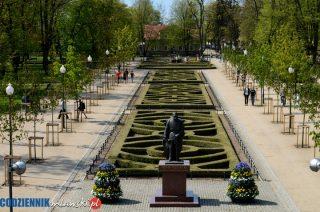 Park Miejski w Mławie ma nowego – starego patrona