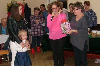 Pomogli małej Mai. O priorytetach i wolontariacie w Szkole Podstawowej w Dębsku