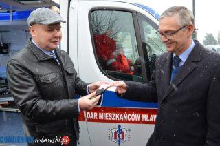 Nowa karetka dla szpitala to dar mieszkańców Mławy