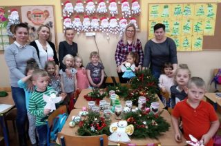 Warsztaty ozdób bożonarodzeniowych w Grzebsku