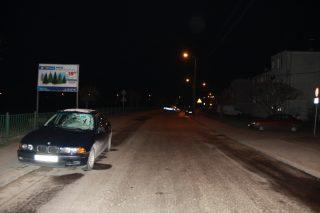 Śmierć pieszego w Raciążu. Z chodnika wszedł wprost pod BMW