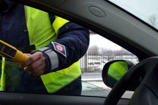 Nietrzeźwy, mławski kierowca zatrzymany w Krzynowłodze Małej