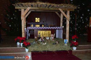 Bożonarodzeniowe żłóbki w mławskich kościołach. Parafia św. Rodziny