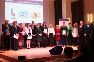 Dziesięcioro uczniów z powiatu mławskiego otrzymało stypendia Prezesa Rady Ministrów