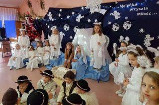 Przedszkolaki w Wieczfni Kościelnej już czekają na święta