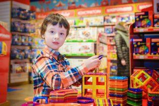 Toksyczne zabawki z zagranicy? Tym bawią się polskie dzieci