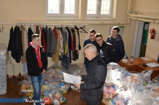 Wielkanocne paczki żywnościowe trafiły do 100 rodzin