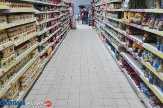 W Wielką Sobotę sklepy czynne, ale krócej