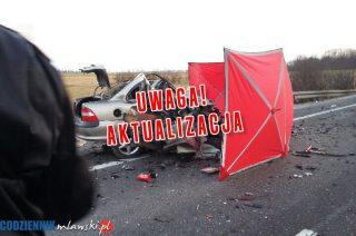 """AKTUALIZACJA: Śmiertelny wypadek na """"siódemce"""" koło Mławy. Zginęła 23-letnia kobieta"""