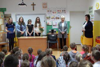 Lirycznie i patriotycznie w Szkole Podstawowej w Zawadach
