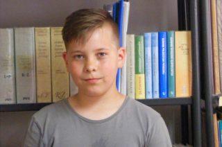 Nikolas Napierski zwycięzcą międzyszkolnego konkursu z języka angielskiego