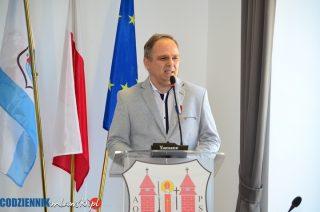 """Jarosław Janiszewski z medalem """"Zasłużony dla miasta Mława"""""""